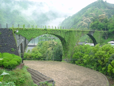 大正町:下津井めがね橋